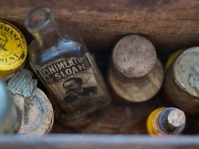 antique-bottles1