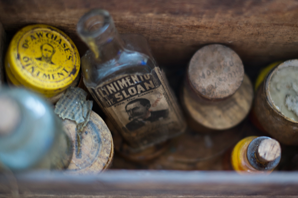 antique-bottles-med